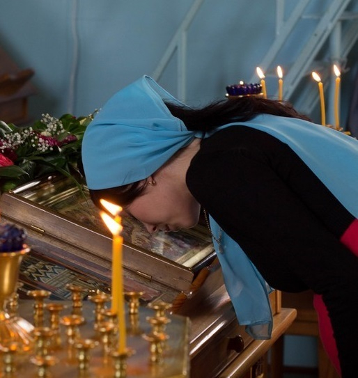 В кафедральном соборе Рождества Христова прошла панихида по погибшим в Керчи