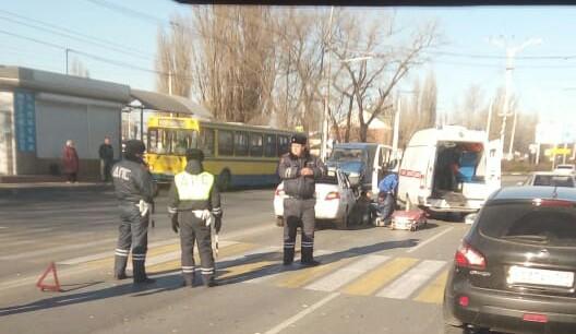 Водитель «Дэу Нексиа» сбил женщину на пешеходном переходе в Волгодонске