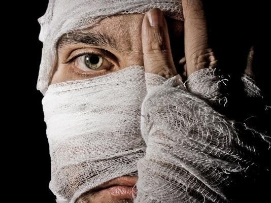 За выбитый глаз молодой человек получил три года колонии