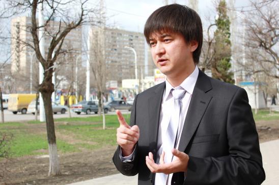 Денис МАХНОВ: Судя по нашим дорогам, закончилась не зима, а война!