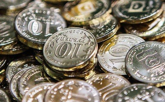 В Волгодонске банки проводят акцию по обмену мелочи на банкноты и памятные монеты
