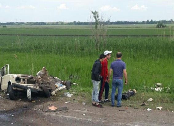 Появились фотографии с места страшной аварии с пятью погибшими на трассе Ростов-Волгодонск