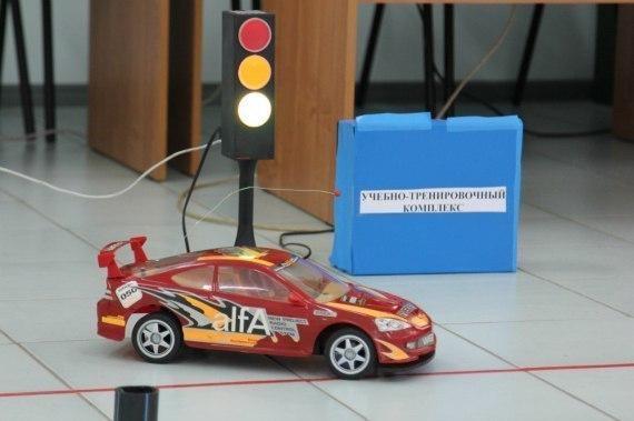 Школьники из Волгодонска поразили Ростов моделями автомобилей