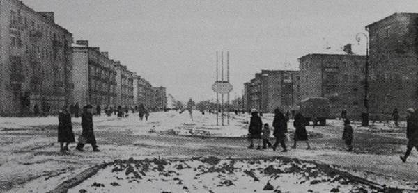 Волгодонск прежде и теперь: аллея на Ленина