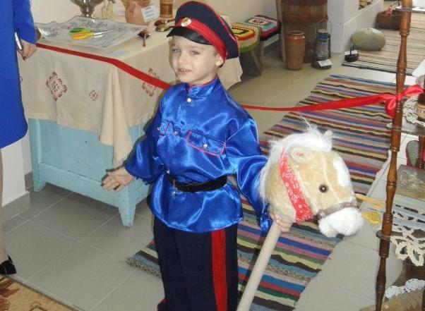 Мини-музей быта донских казаков открылся в детском садике «Казачок»