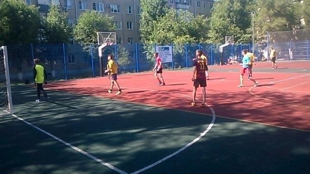 Молодые казаки провели турнир по мини-футболу и конкурс детского рисунка