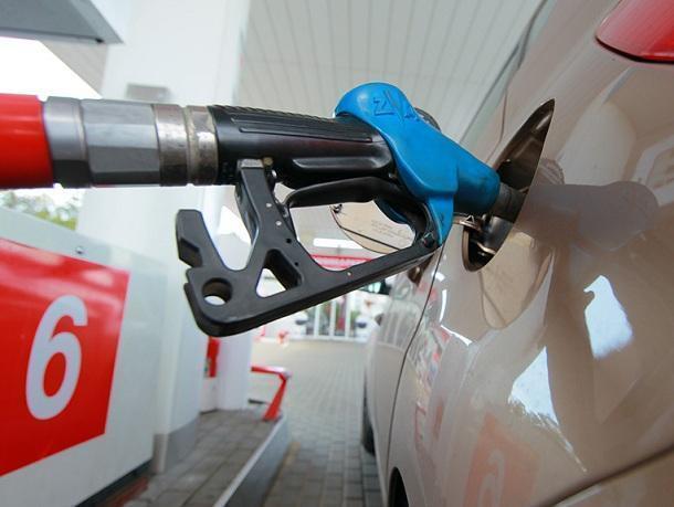 Цены на бензин в Волгодонске продолжают держаться на одном уровне