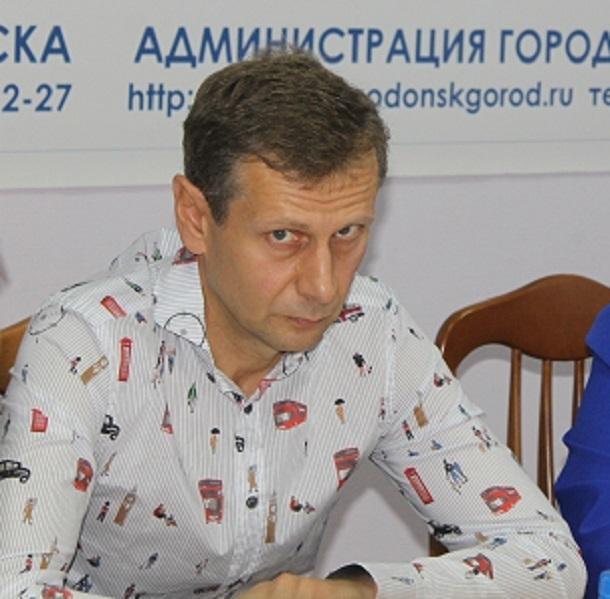 Там конь не валялся: Сергей Ольховский с критикой обрушился на работы по благоустройству парка Победы