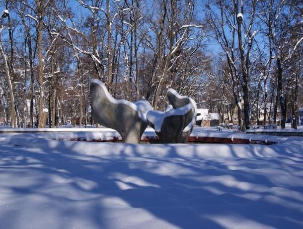 Сильный ветер и обложной снег станут главными погодными явлениями в Волгодонске во вторник