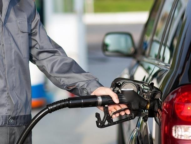 Жители Волгодонского района залив дизельное топливо на заправке «Газпром» на утро не смогли завести автомобиль
