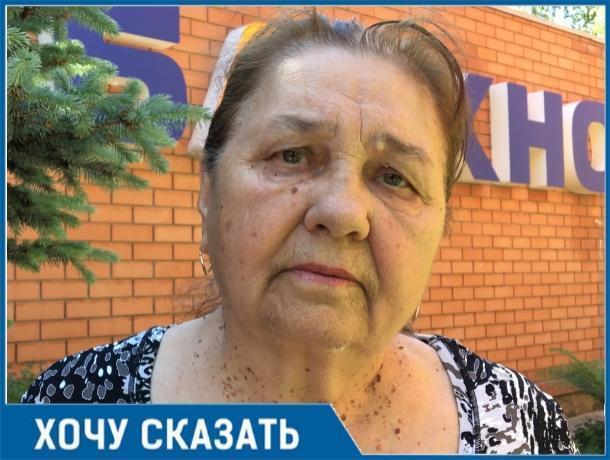 Из-за горы мусора под самую крышу мы не можем попасть в свой гараж, - Валентина Чекалдина