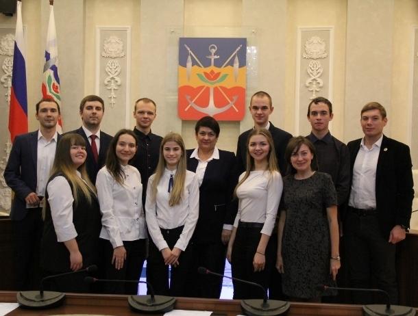 В Волгодонске начал работу обновленный Молодежный парламент четвертого созыва