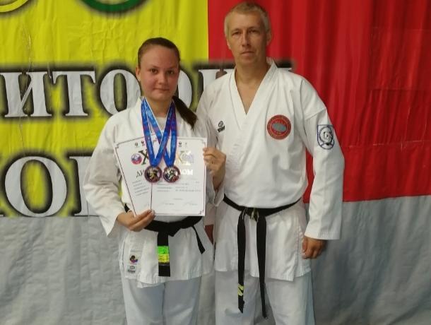 Чемпионкой ХI Всероссийских юношеских игр боевых искусств стала волгодончанка Юлия Бараева