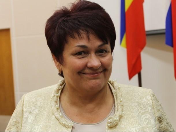 «Денег нет, но вы держитесь»: Людмила Ткаченко посоветовала волгодонцам потерпеть до лучших времен