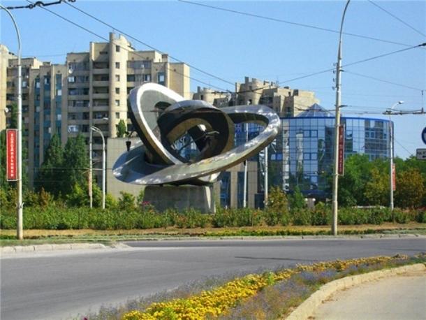 Более 130 млн рублей выделят Волгодонску из областного бюджета на ремонт дорог и приведение города в порядок