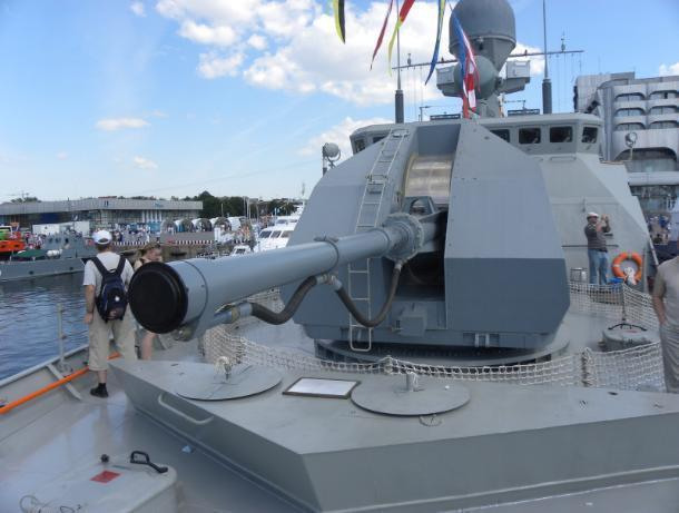 Корабли Каспийской флотилии отразили ракетный удар условного противника