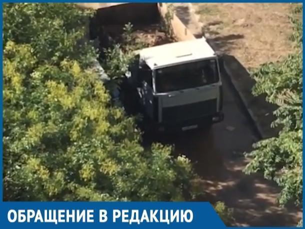 Уже много лет «Водоканал» разводит грязь и что-то ремонтирует на В-9, - волгодонец