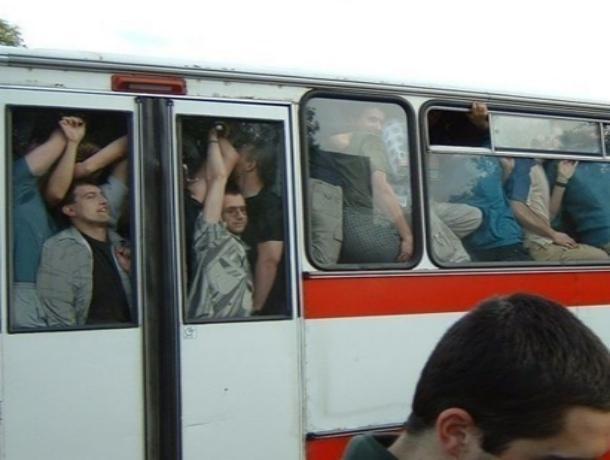 Избежать толкучки после салюта 9 мая намерены власти Волгодонска