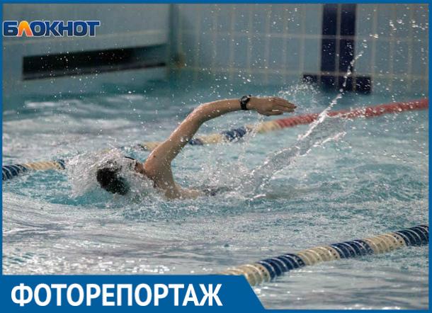 Порядка двухсот человек приняли участие в первом туре Спартакиады по плаванию