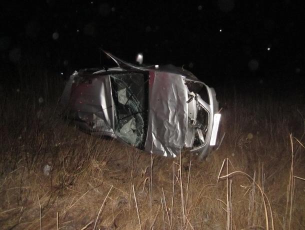 Гражданин Ростовской области перевернулся наугнанной машине