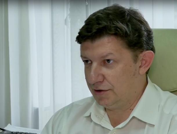 Нужно прививать не только детей, но и себя, - главврач детской больницы Сергей Ладанов