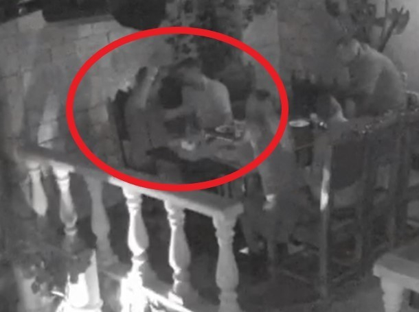 Ножевое ранение бывшего спецназовца в РК «Рандеву» попало на видео