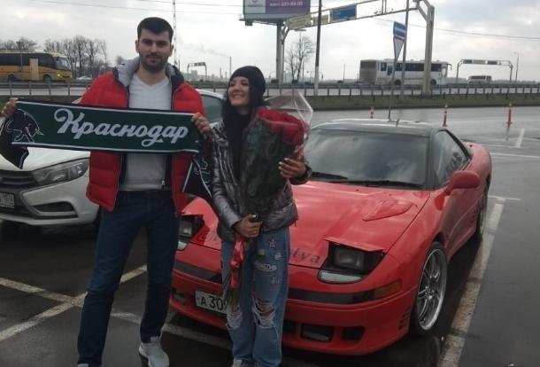 Автоблогер из Волгодонска Настя Туман подарила свой «Мицубиси» подписчику из Краснодара