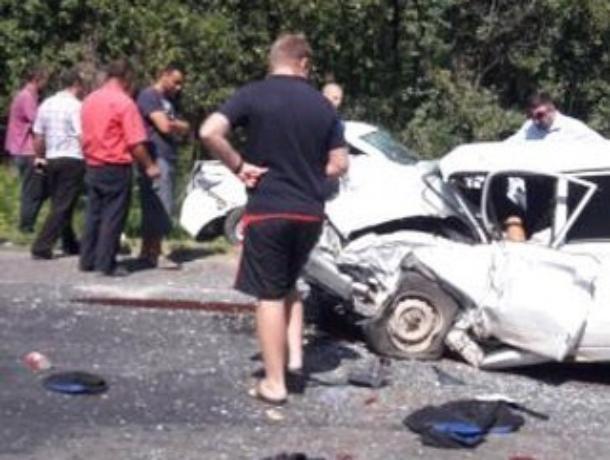 В жуткой аварии в Волгодонском районе есть погибшие