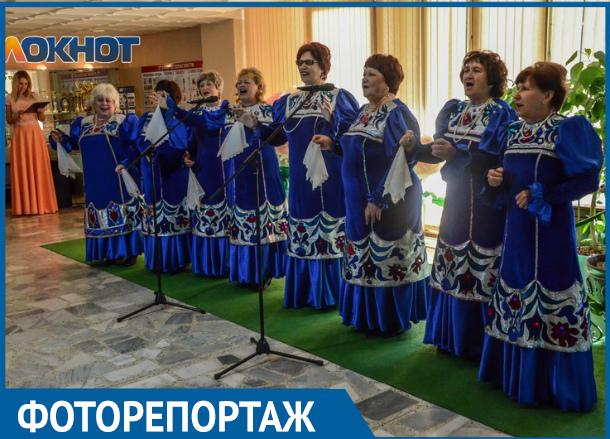 Фоторепортаж с открытого литературно-художественного и песенного фестиваля «Донская осень»