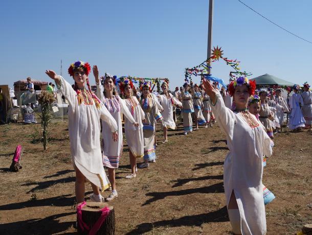 В Волгодонске состоялся фестиваль исторической реконструкции «Великий шелковый путь на Дону»