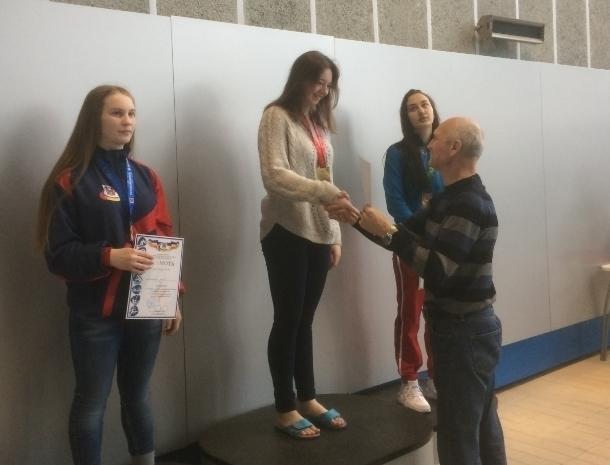 Волгодонские пловцы выступили на областных соревнованиях в рамках первого этапа летней Спартакиады молодежи России