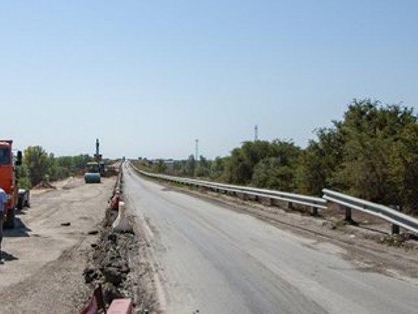 Разрушенную оползнем дорогу, соединяющую Волгодонск с Донской столицей отремонтируют за 500 миллионов рублей