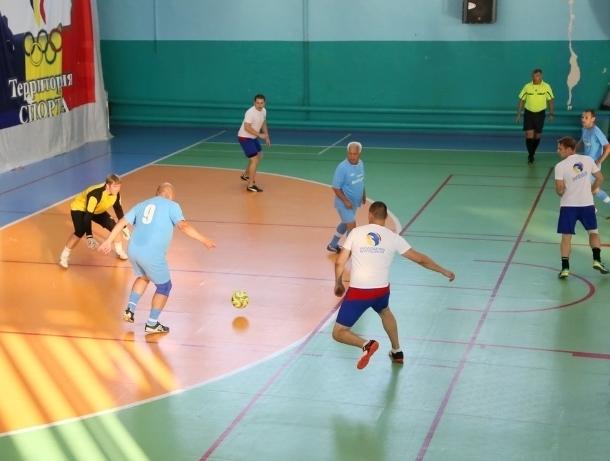 Представители администрации и депутаты сыграют в футбол против молодежи Волгодонска