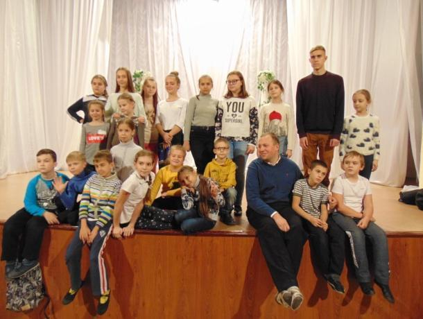 Азовский режиссер Юрий Марахонько провёл мастер-класс по актерскому мастерству и сценической речи