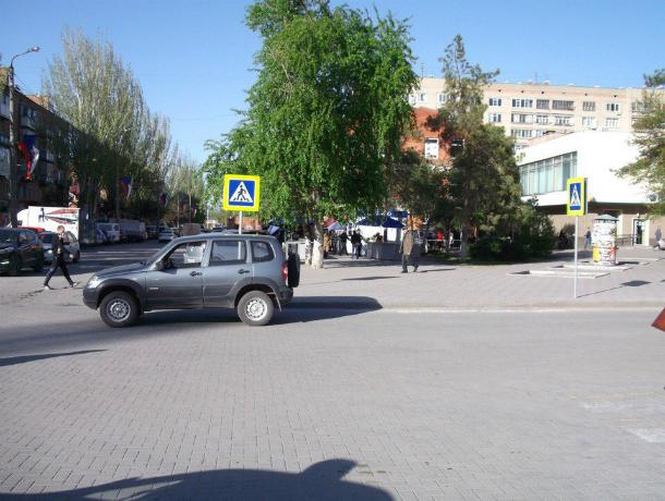 Семилетний парень попал под колеса «Нивы» вКраснодаре
