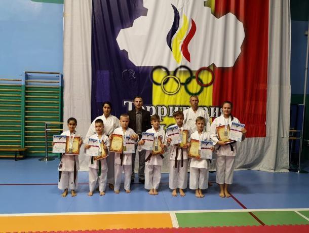 В Волгодонске состоялось чествование юных спортсменов, вернувшихся с чемпионата Европы