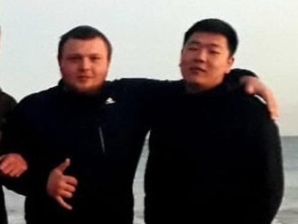 Приехавшие в Крым волгодонцы отобрали деньги у парня на улице и оказались в розыске