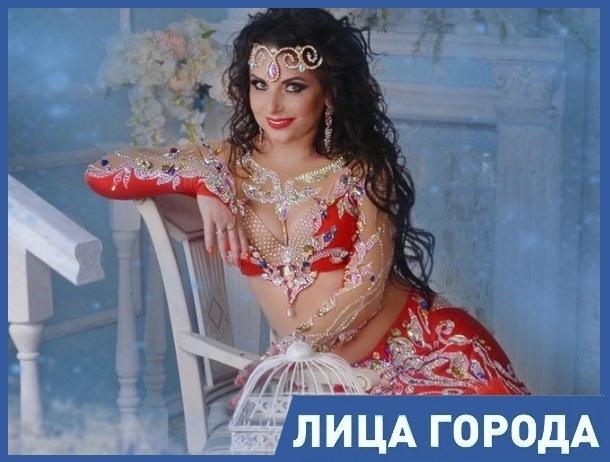 Протанцевав всего год, я сама сшила костюм, поставила танец и заняла 2 место на конкурсе в Ростове, - Елена Олейникова