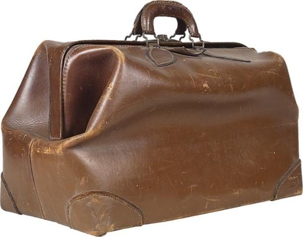 9dbaae437b0e Срочно! Принимаем старые сумки и кошельки!