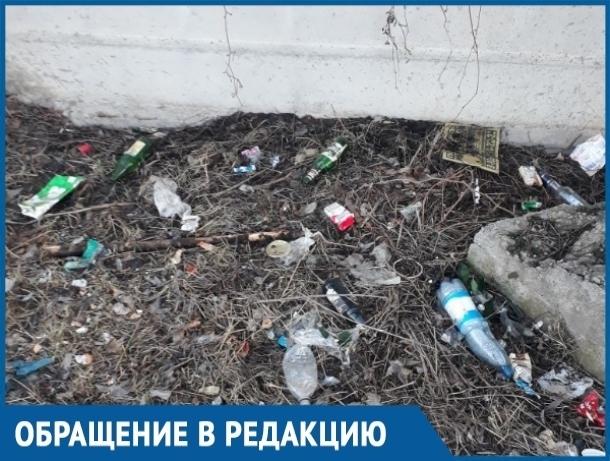 Горы мусора и зловоние: многие годы жители Красного Яра наблюдают эту печальную картину