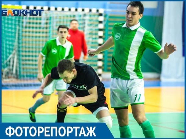 В шестом туре открытого чемпионата Волгодонска по футболу сразились сразу восемь команд
