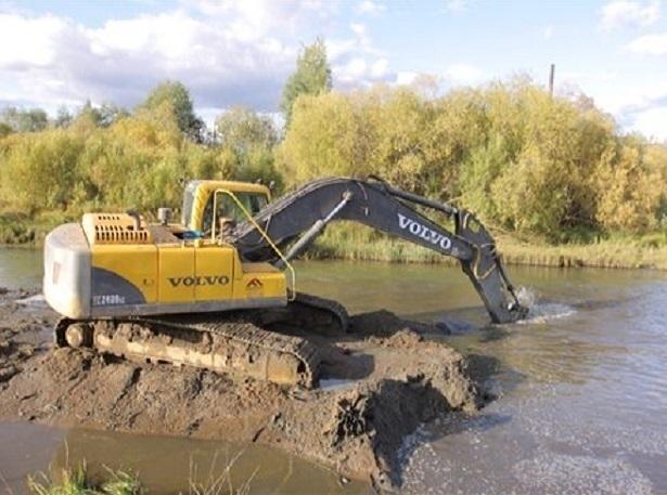 30 километров дна реки очистят от ила и мусора в Цимлянском районе