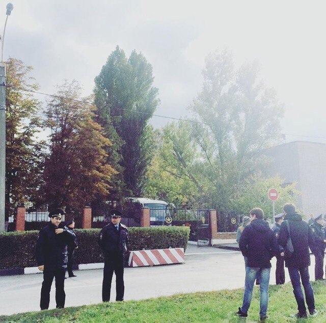 11 волгодонских новобранцев ушли в армию, а 10 служить не пойдут