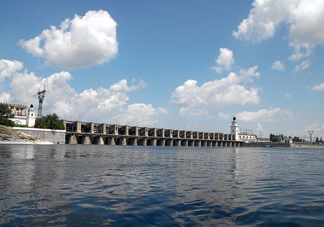 Уровень воды в Цимлянском водохранилище понизился почти на метр