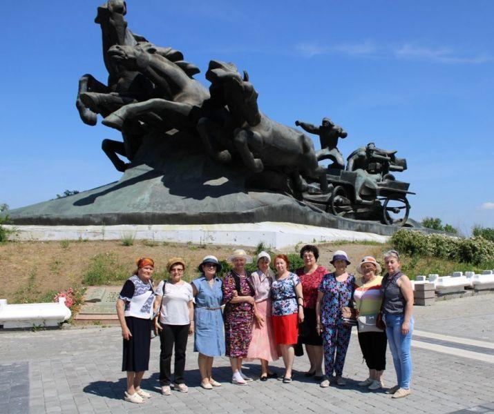Пожилым волгодонцам организовали экскурсионную поездку в Ростов-на-Дону