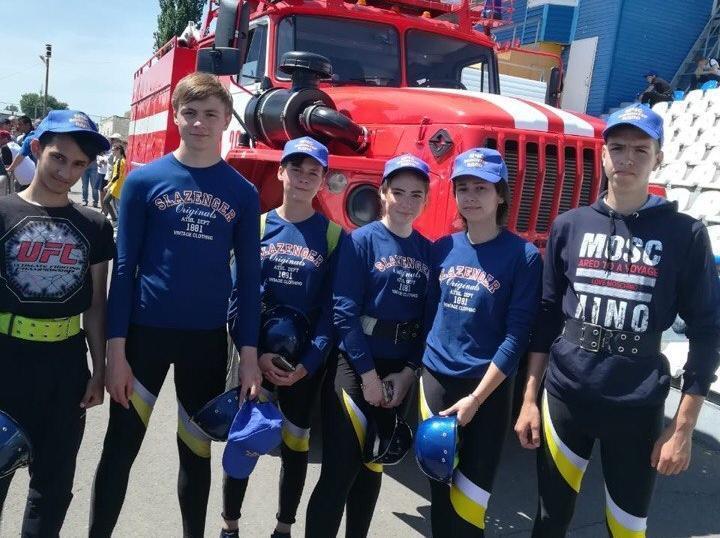 Юные пожарные из Волгодонска стали лучшими на зональных соревнованиях