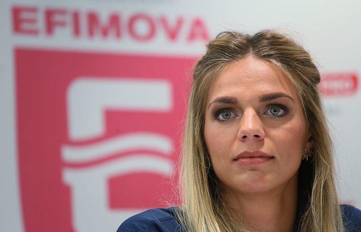 Ефимова пробилась в финал ЧМ, опередив американку Кинг