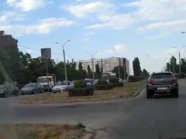 В Волгодонске на Гагарина ВАЗ сбил пешехода, пострадавший в реанимации