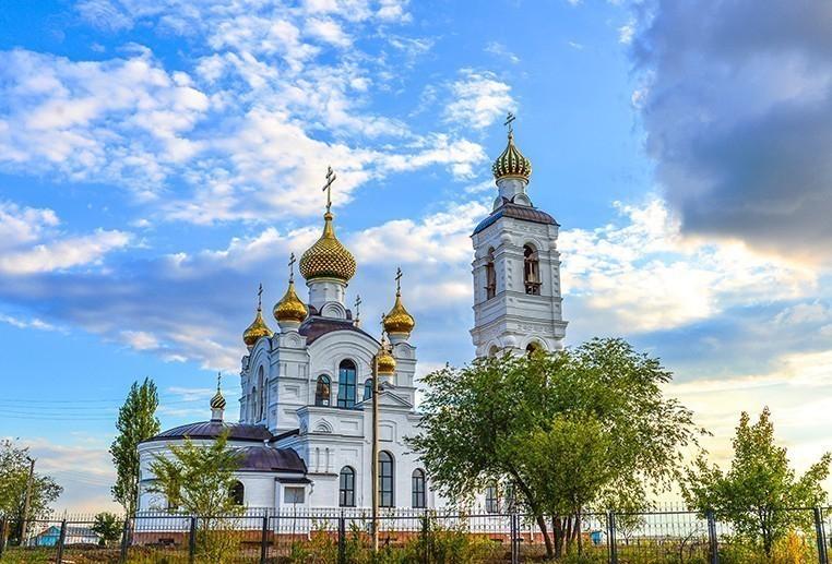 Освятить куличи в Волгодонске можно в Свято-Троицком храме и соборе Рождества Христова