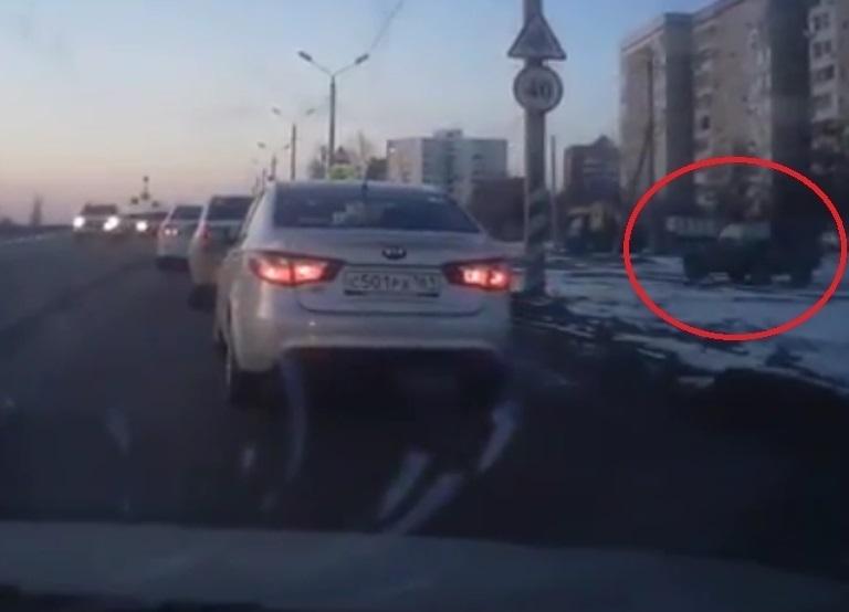 Хитрые водители придумали способ объезжать пробки в Волгодонске
